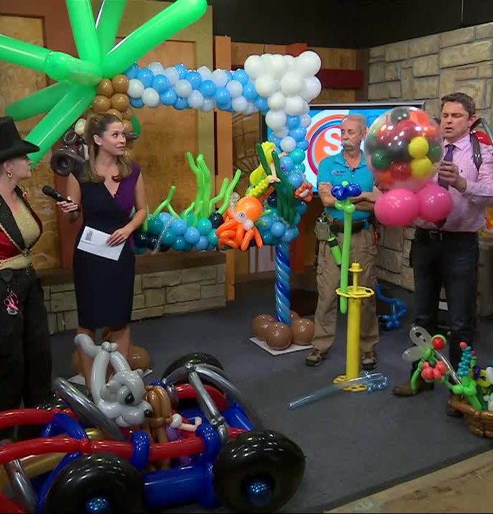 """Lord of the Latex"" balloon sculptor takes over SA Live"
